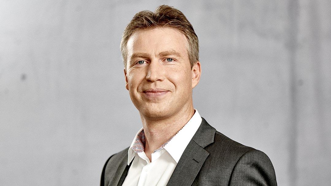 Robert Wauer, Geschäftsführer, semcona